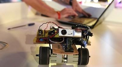 Capacitan en tecnología a 200 jóvenes de Concepción