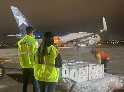Más de 80 mil dosis de la Pfizer arribaron al país