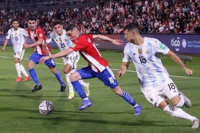 ¿Cómo quedó la Albirroja en la tabla de posiciones tras el empate ante Argentina?