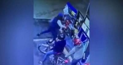 La Nación / Playera frustró intento de asalto derramando combustible a delincuentes