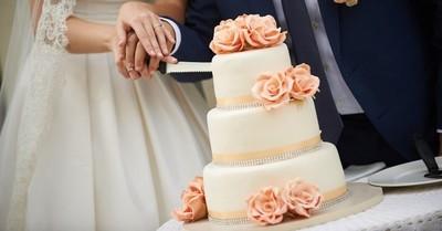 Novios tacaños cobraron por las porciones de la torta de matrimonio