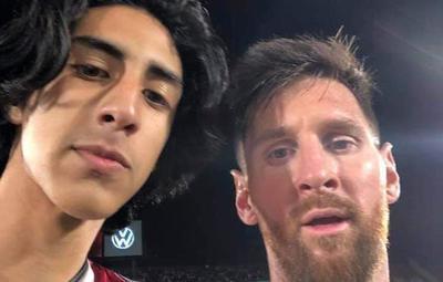 """""""Disfruté mucho el momento"""", expresó el hincha que se sacó una foto con Messi"""