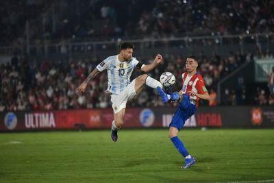 Paraguay suma un punto y se jugará la vida fuera de casa