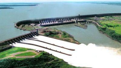 Binacionales aportaron casi USD 50 millones menos por bajante de ríos
