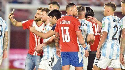 Argentina va por el clásico,  Uruguay llega diezmado