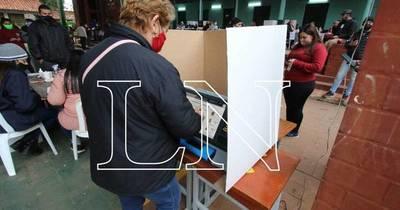 La Nación / En 17 de los 22 distritos de Alto Paraná hay candidatos por la reelección