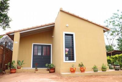 MUVH y Banco Regional acuerdan facilitar el acceso a la primera vivienda