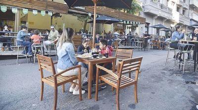 Locales gastronómicos no pueden vender alcohol, pero pueden funcionar normalmente