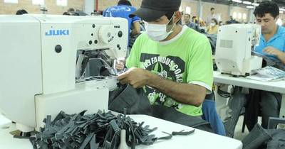 La Nación / Ventas de firmas textiles caen 30% por efecto del contrabando