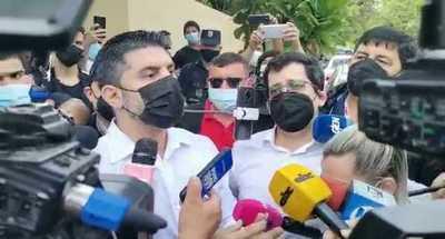 """""""Nenecho"""" Rodríguez se desentiende del escándalo de las compras de oro en pandemia"""