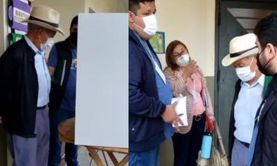 Coronel Oviedo: Elector sufragó, pero no se imprimió su voto en el boletín
