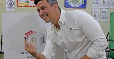 La Nación / Nenecho demostró que Asunción no es un cementerio de políticos, asegura Santiago Peña