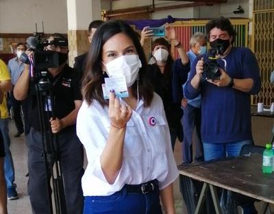 Johanna Ortega: 'Nakayama no hizo nada para enfrentar a Nenecho'