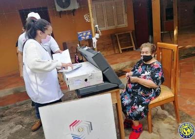 TSJE implementa con gran éxito el Voto en Casa y Mesa Accesible •