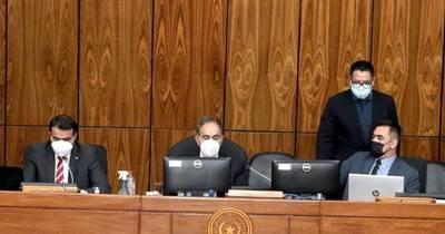 La Nación / PGN 2022:  De dónde sacar UU$ 1.000 millones para desactivar bomba de presión de funcionarios