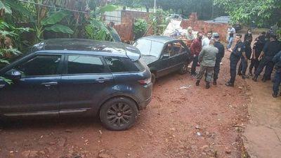 Policía recupera vehículo robado tras persecución y tiroteo
