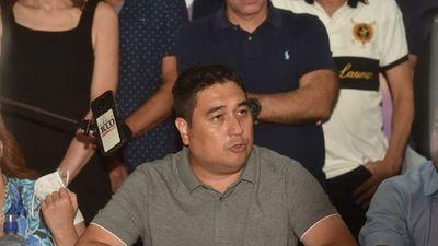 Nakayama reconoce irreversible derrota ante Nenecho Rodríguez