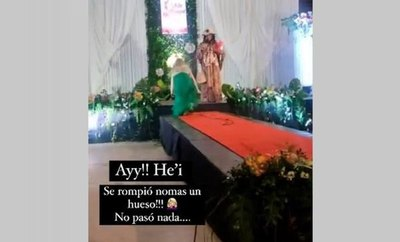Crónica / CHIPLÉ Y LESIÓN ¡Nadia Portillo cayó en plena pasarela!