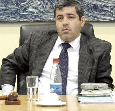 Contraloría detecta inconsistencias en declaración de bienes del juez Ovelar