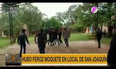 Feroz pelea en local de votación de San Joaquín