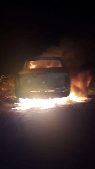 Hallan camioneta que habría sido usada en el atentado en Pedro Juan Caballero