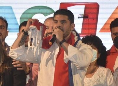 """""""Nenecho"""" es el intendente electo de Asunción"""