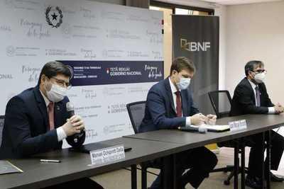 BNF firma convenio para comprar deudas de docentes y funcionarios del MEC