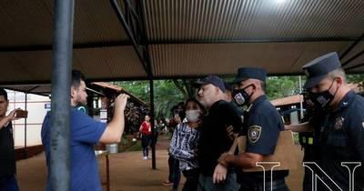 La Nación / Asociación de fiscales repudia agresión de Payo Cubas hacia agente del Ministerio Público