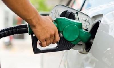 Gasolineras comienzan a subir el combustible G. 600 más por litro