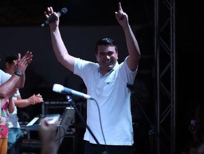 Ríos señala a jóvenes como responsables de su triunfo en Minga Guazú
