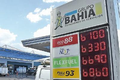 Gasoil y las naftas cuestan desde ayer 600 guaraníes más por litro