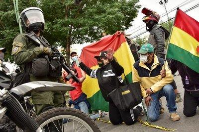 La oposición se manifestó por primera vez contra el presidente Luis Arce en Bolivia