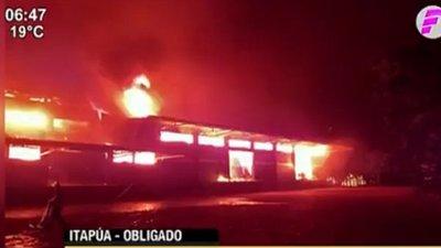 Incendio devasta planta de Yerba Mate en Itapúa