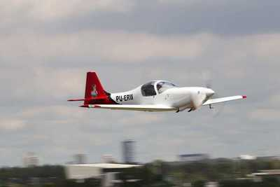 Empresa brasileña destaca condiciones para invertir en Paraguay y proyecta fabricación de aviones