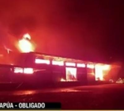 Incendio deja a planta de Yerba Mate en zozobra