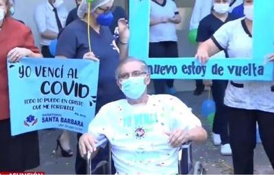 Don Hugo dejó el hospital tras 104 días hospitalizado por Covid