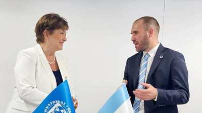 Argentina inicia las reuniones con el FMI para renegociar la deuda