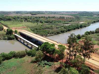 Terminan obras complementarias del puente sobre el río Monday