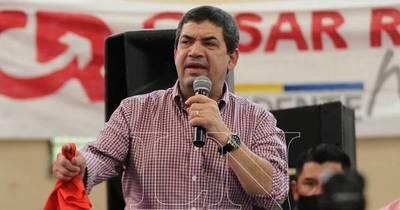 La Nación / Velázquez apoya expulsar a traidores del Partido Colorado