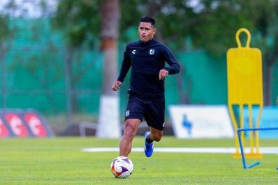 Osvaldo Martínez sufre grave lesión y es baja por 6 meses