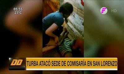 Turba atacó sede de Comisaría en San Lorenzo