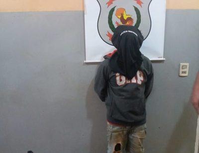 Detienen a indígenas Mbya Guaraní por hurto de celulares y calzados deportivos – Diario TNPRESS