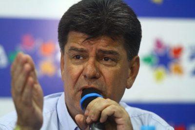 """Amarilla pide renuncia de Efraín: """"Apelamos a la inteligencia, sensatez y grandeza que nunca tuvo"""""""
