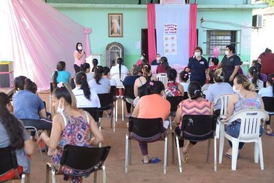 Octubre Rosa: Brindan atención a 80 mujeres del penal de CDE