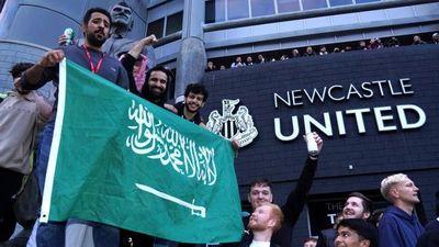 Amnistía Internacional pide reunión con la Premier por compra del Newcastle