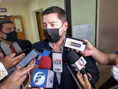 Diputado Pedro Alliana, titular de Diputados, dijo que hay que expulsar del partido colorado a los traidores en las últimas elecciones municipales