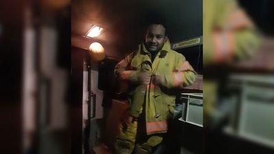 Bombero festejó su cumple apagando un incendio