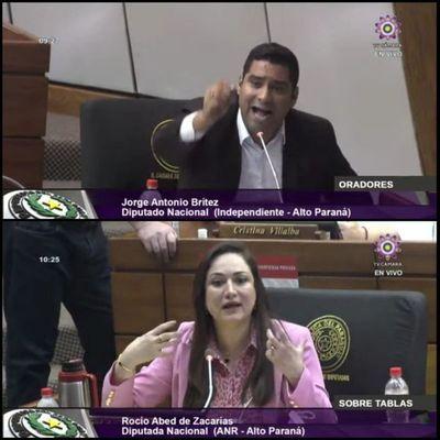 Todo normal en Diputados: Parlamentarios se tratan de delincuentes y ladrones
