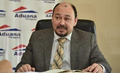 Suspenden interpelación al director de Aduanas por falta de quórum