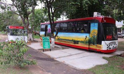 """""""Don Cocido"""" un bus reciclado que ofrece delicias"""
